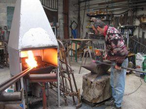 travail à la forge