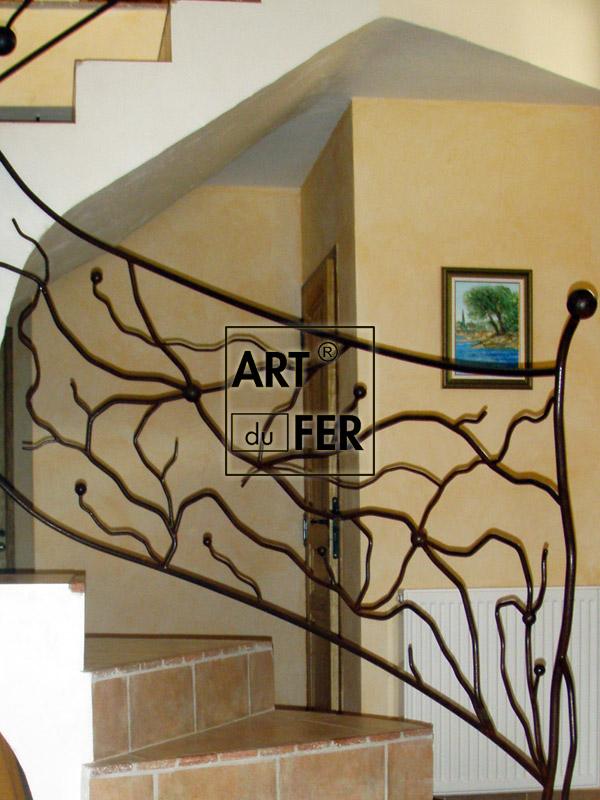 rampe-motif-vegetal